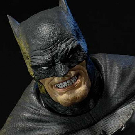 Premium Bust Batman: Arkham City (The Dark Knight Returns) Batman