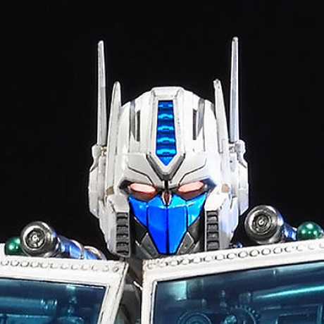 Premium Masterline Transformers Generations I Ultra Magnus