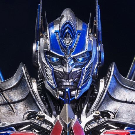 Museum Masterline Transformers: Age of Extinction Optimus Prime Knight Edition