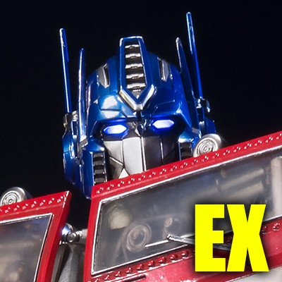 Premium Masterline Transformers Generations I Optimus Prime EX Version